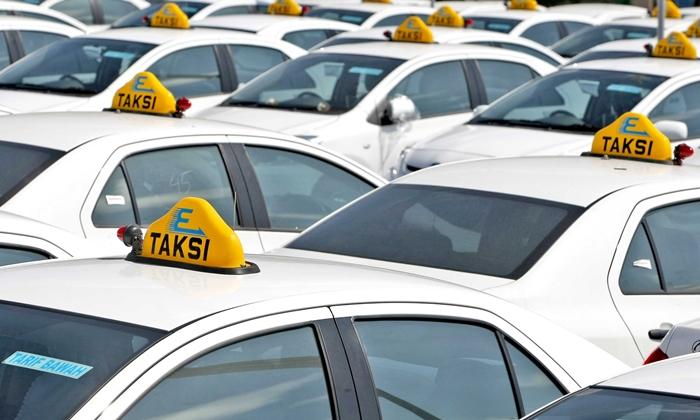 Taksi Express Lakukan Efisiensi Karyawan